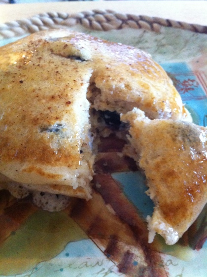 Healthy Blueberry Oatmeal Pancakes | Sweet Tea & Skyscrapers